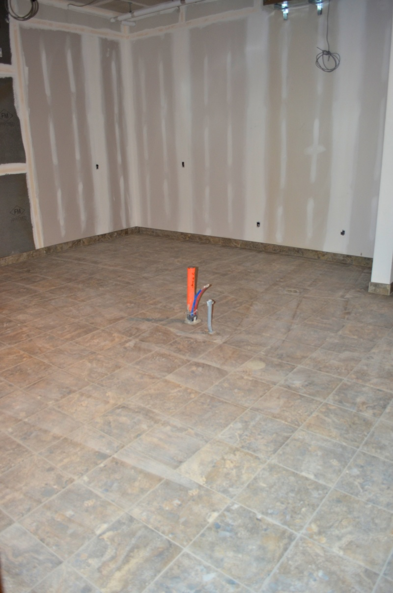 The tile has been laid in the kitchen